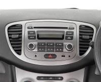 Hyundai i10 Colourz - 12 Pink Interior Audio