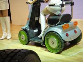 Bridgestone Airless Tyre - 03