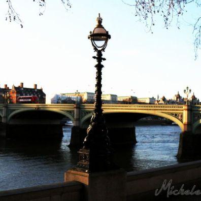 LONDON1425315712000