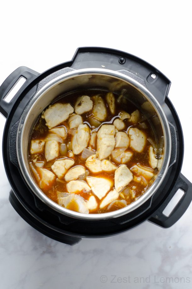 Instant Pot Orange Chicken, easy gluten free weeknight dinner! - Zest and Lemons