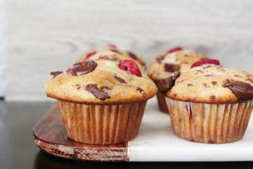 Dark Chocolate Raspberry Muffins - fluffy muffins packed full of chopped dark chocolate and sweet juicy raspberries. A wonderful treat for any time, but especially for your loved ones on Valentine's Day!
