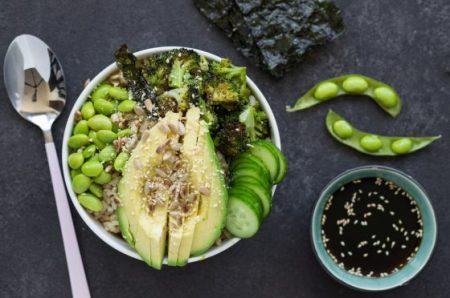 בודהה בול אורז מלא עם ירקות