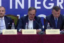Photo of Fleckenstein i përgjigjet opozitës: S'më ka blerë njeri, akuza pa kuptim nga njerëz jo seriozë