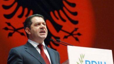"""Photo of """"Thirrje për respektimin e shqiptarëve""""/ Idrizi apel Mitsotakis: Dëgjo çfarë ka thënë babai yt (VIDEO)"""