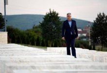 Photo of Akuzat për krime lufte/ Dy ditë para Hagës, Thaçi jep mesazh nga varri i Adem Jasharit: Dielli do të lindë sërish