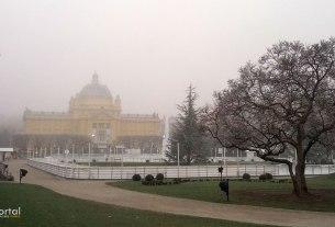 klizalište ledeni park - trg kralja tomislava zagreb - prosinac 2016