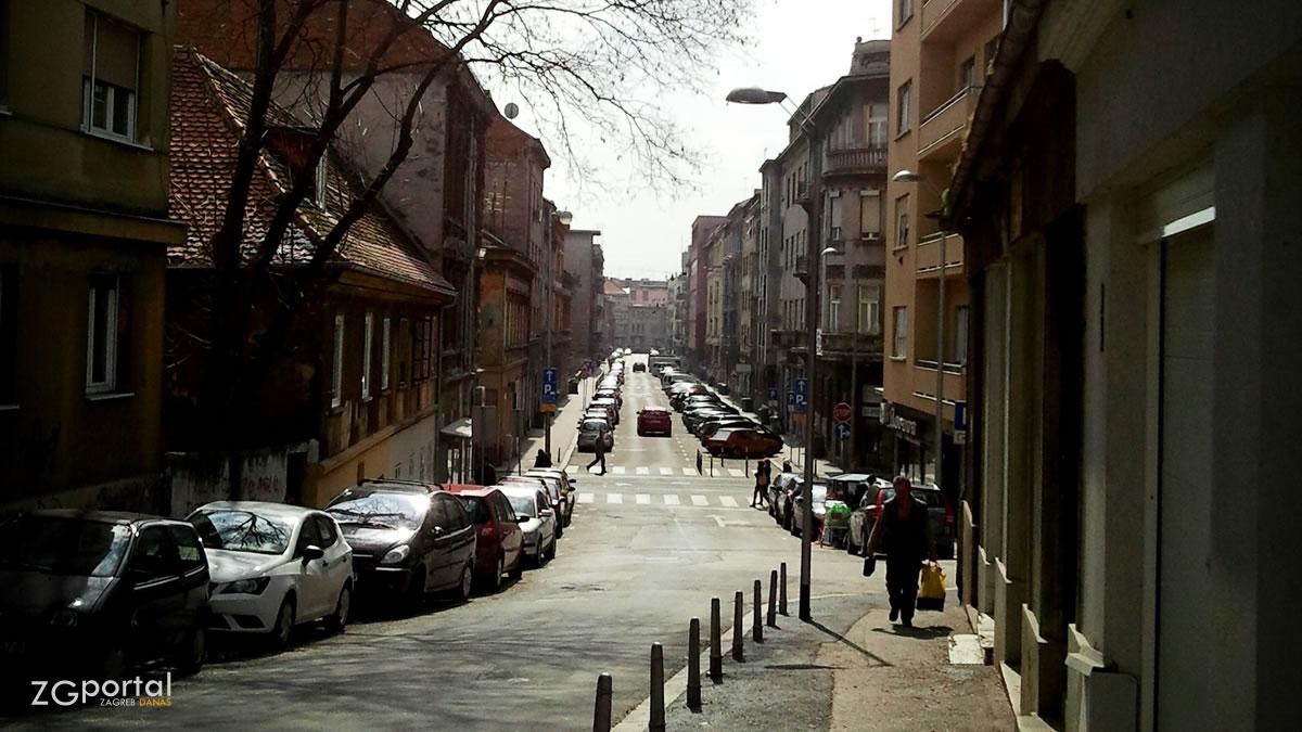 bosanska ulica, zagreb / ožujak 2013.