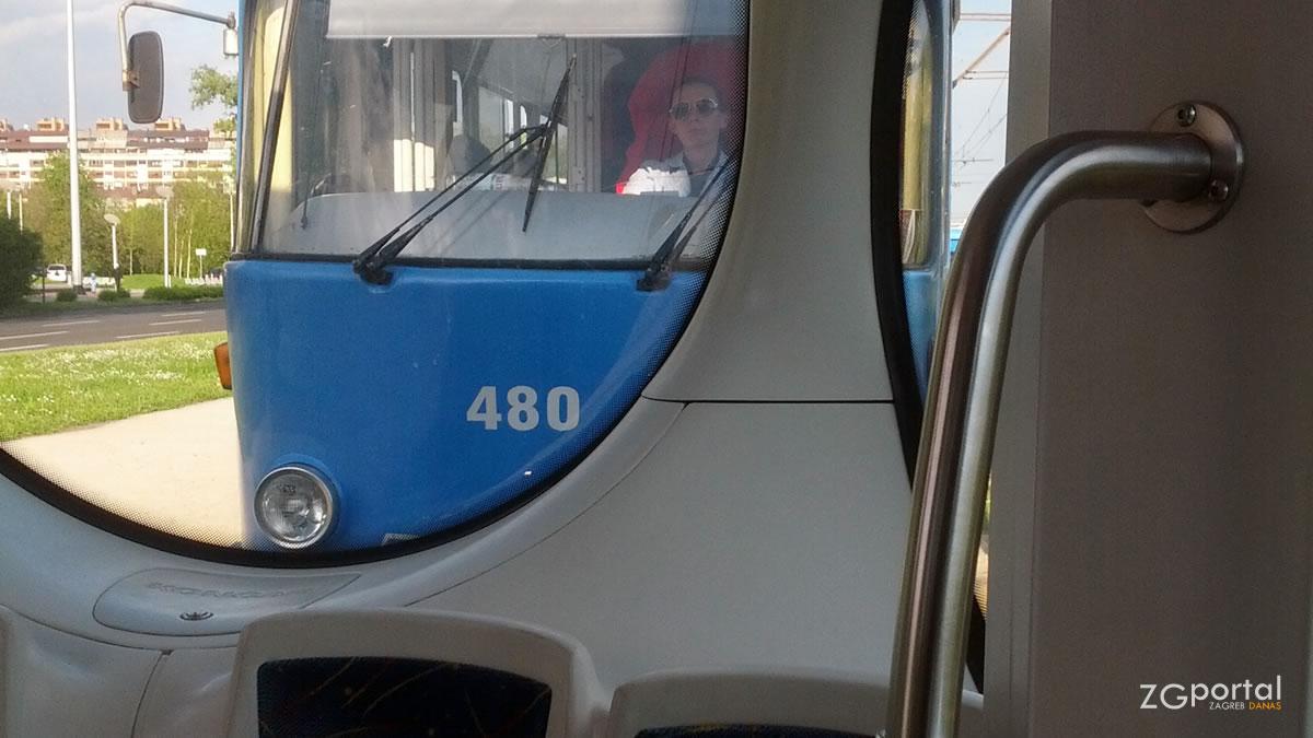 zet zagreb - tramvaj čkd tatra t4 - travanj 2014.