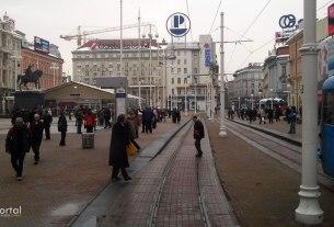 trg bana josipa jelačića, zagreb - siječanj 2013.