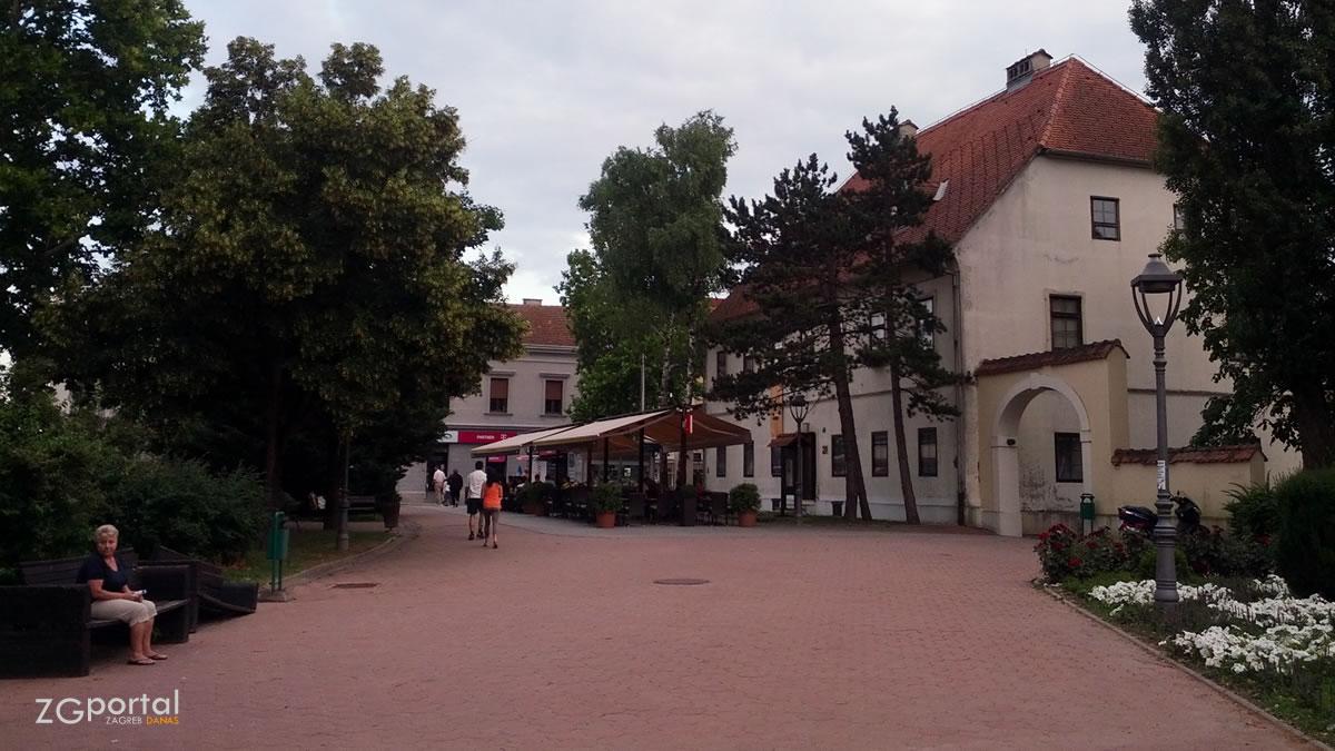 trg dragutina domjanića, sesvete, zagreb / lipanj 2015.