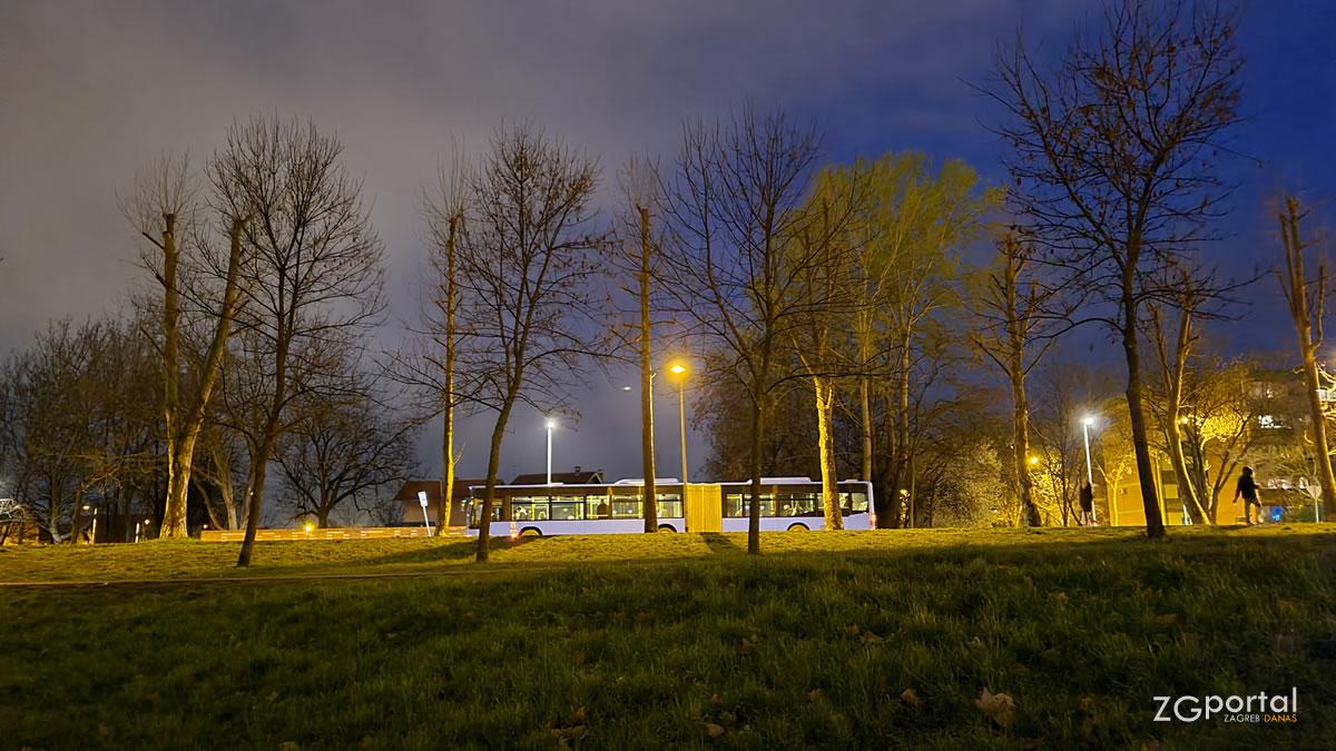 autobusi zet zagreb - 220 glavni kolodvor - dugave - ožujak 2021.