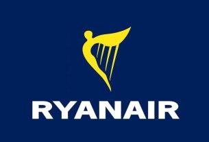 ryanair / logo 2021.