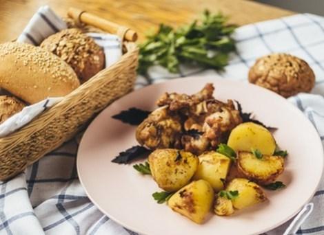 Кролик с картофелем в духовке. Питаемся дома вкусно и полезно.
