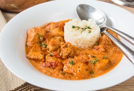 Паприкаш из индейки рецепт. Сочное блюдо венгерской кухни.