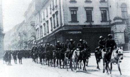 Cavaleria Romana la Cernauti
