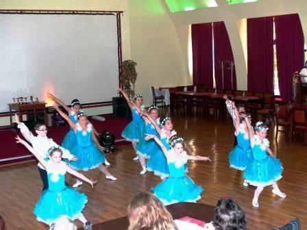 """Copiii de la """"Do Mi Dance"""" au dominat Festivalul Ministar"""