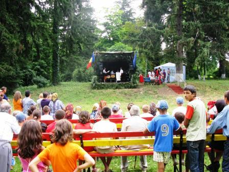 Ziua comunei Văleni, sărbătoare de suflet cu joc și voie bună