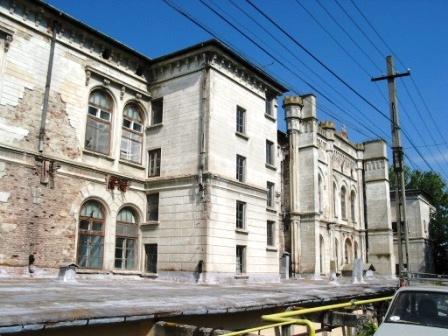 Soluție pentru salvarea Spitalului Vechi din Roman