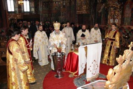 Romașcanii au sărbătorit Boboteaza