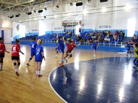 Handbalistele lui Ioan Holban s-au calificat la turneul final național