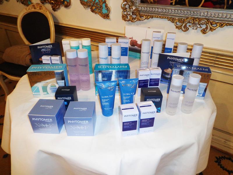 Tratament facial revoluţionar la Velvet Spa & Beauty Roman