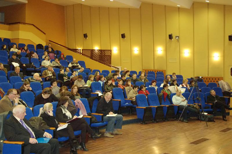 Secretarii primăriilor au fost instruiți la Prefectură