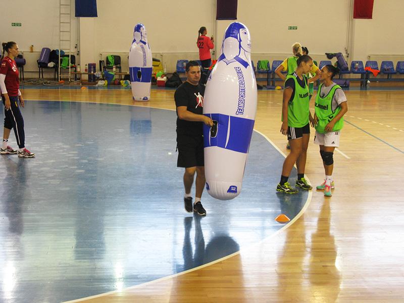 Handbalistele de la HCM s-au adaptat la antrenamentul cu Hopa Mitică