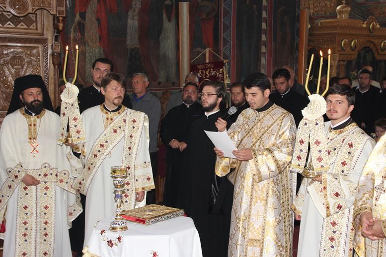 "Alexandru Lezeu este preot la capela Centrului Social ""Episcop Melchisedec"""