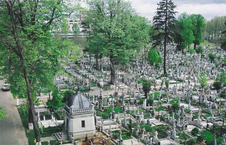 Episcopia Romano-Catolică de Iași: măsuri speciale pentru sfinţirea mormintelor, la începutul lunii noiembrie