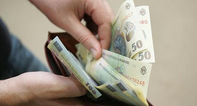 1.000 de persoane din Neamț pot depune cereri de majorare a pensiei