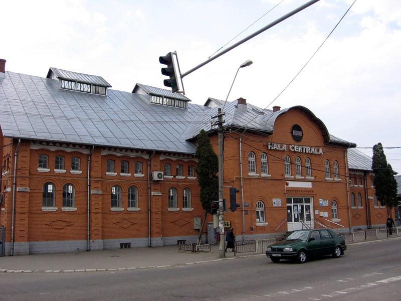 Hala Centrală are nevoie de lucrări de reabilitare la acoperiș