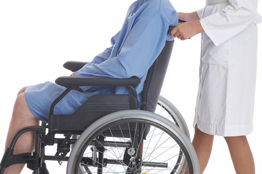 Numărul persoanelor cu handicap din judeţ, în creştere