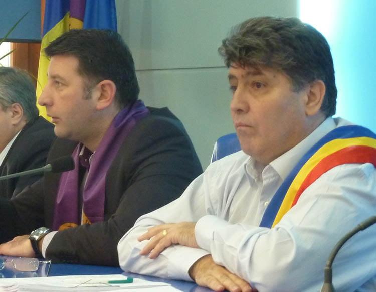 Romanul nu mai are primar. Orașul va fi condus de viceprimarul Lucian Micu