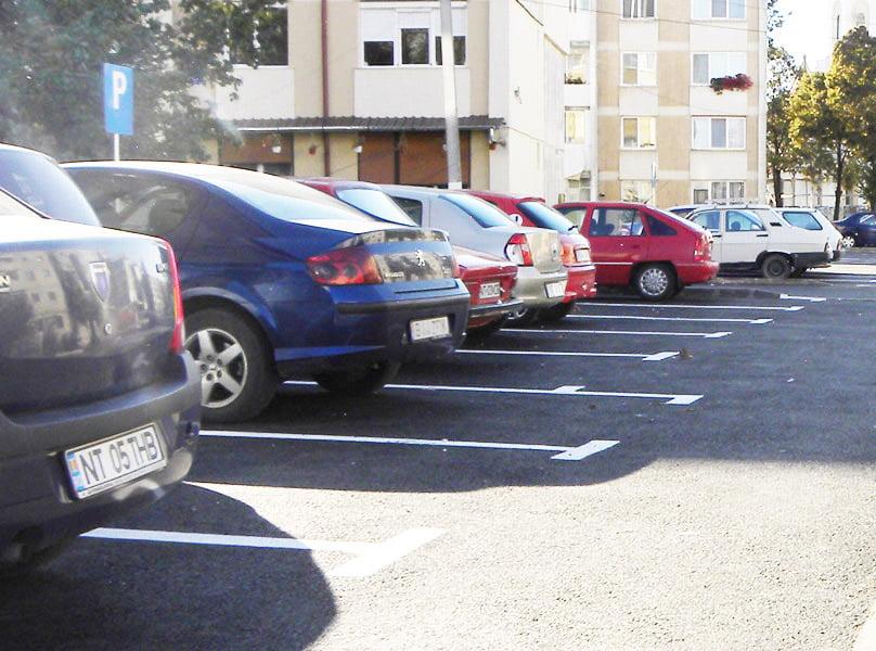 În acest an în Roman s-au construit 441 noi locuri de parcare