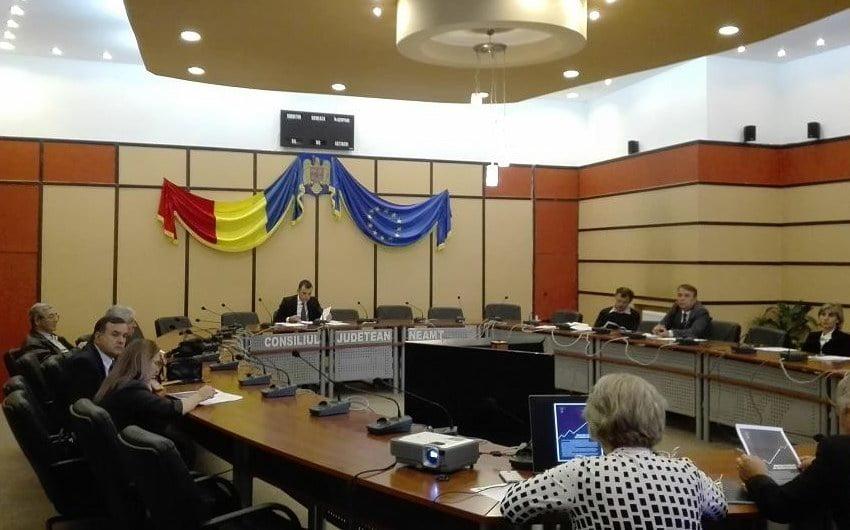 Măsuri de protejare a mediului de afaceri, discutate în Comisia de Dialog Social