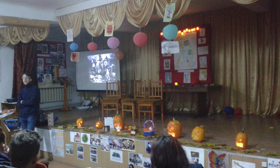 "Halloween caritabil la Colegiul Tehnic ""Miron Costin"""