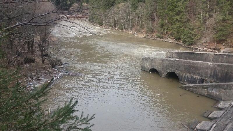 Prefectura pregătește salubrizarea cursurilor de apă
