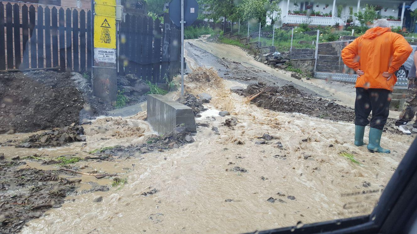 Localități din Neamț afectate de inundații, în urma ploilor