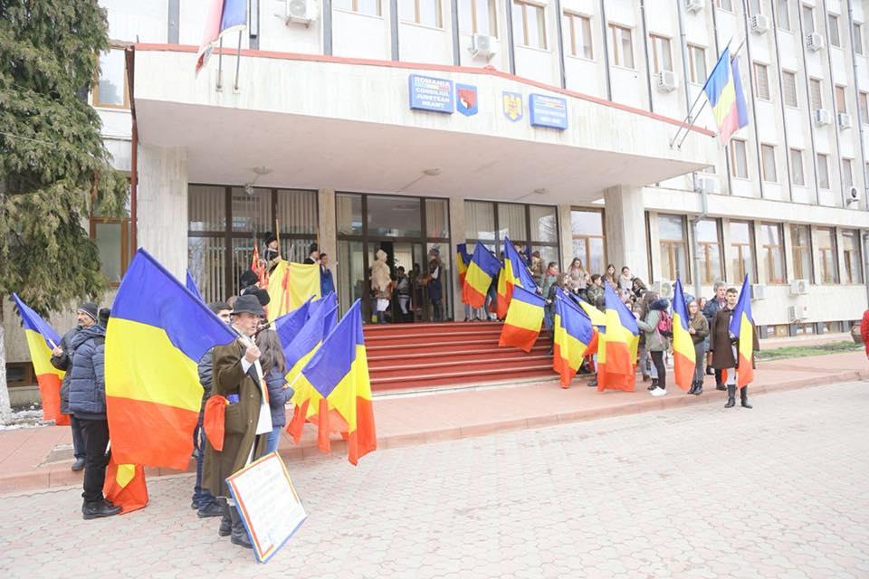 Înfrățiri și declarații de reunire a Basarabiei cu România, în întreg județul Neamț