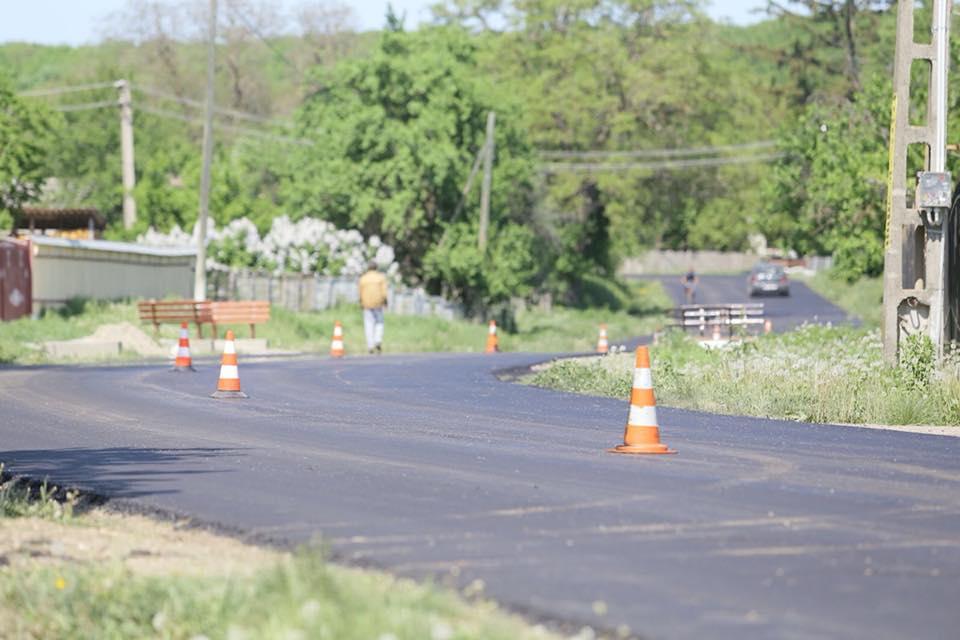 Asfaltarea drumului Dulcești – Văleni – Talpa, finalizată până la sfârșitul verii