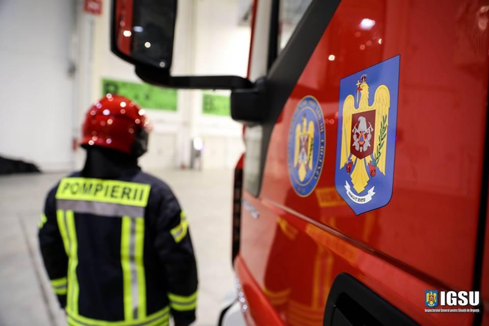 Peste 1.000 de intervenții ale pompierilor, în luna mai