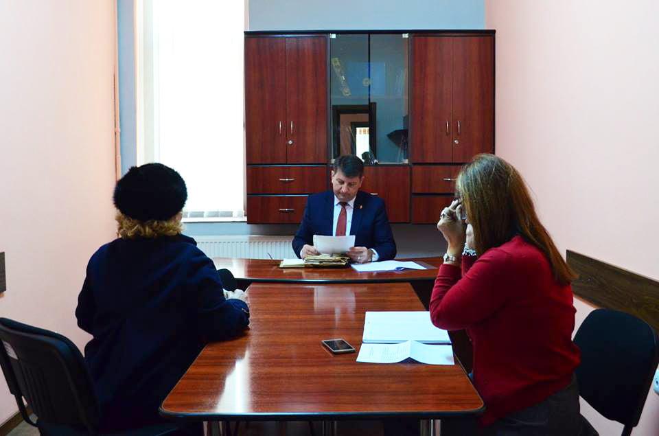 Ce i-au cerut joi romașcanii la audiențe primarului Lucian Micu