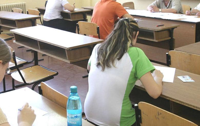 Patru candidați eliminați miercuri din examenul de Bacalaureat