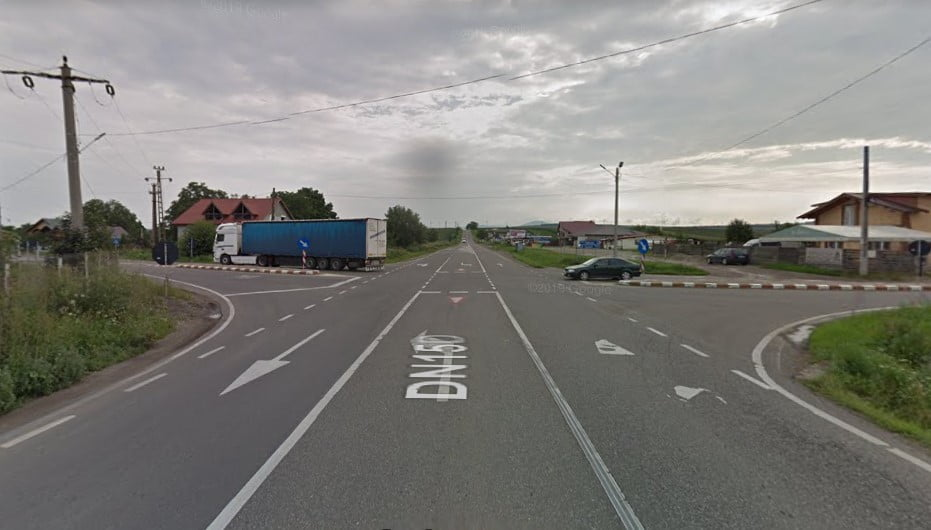 Se instalează semafoare pe șoseaua Roman – Piatra Neamț, în intersecția Girov-Căciulești