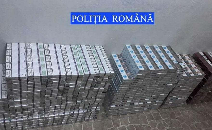 58.000 de ţigări de contrabandă, descoperite de poliţişti