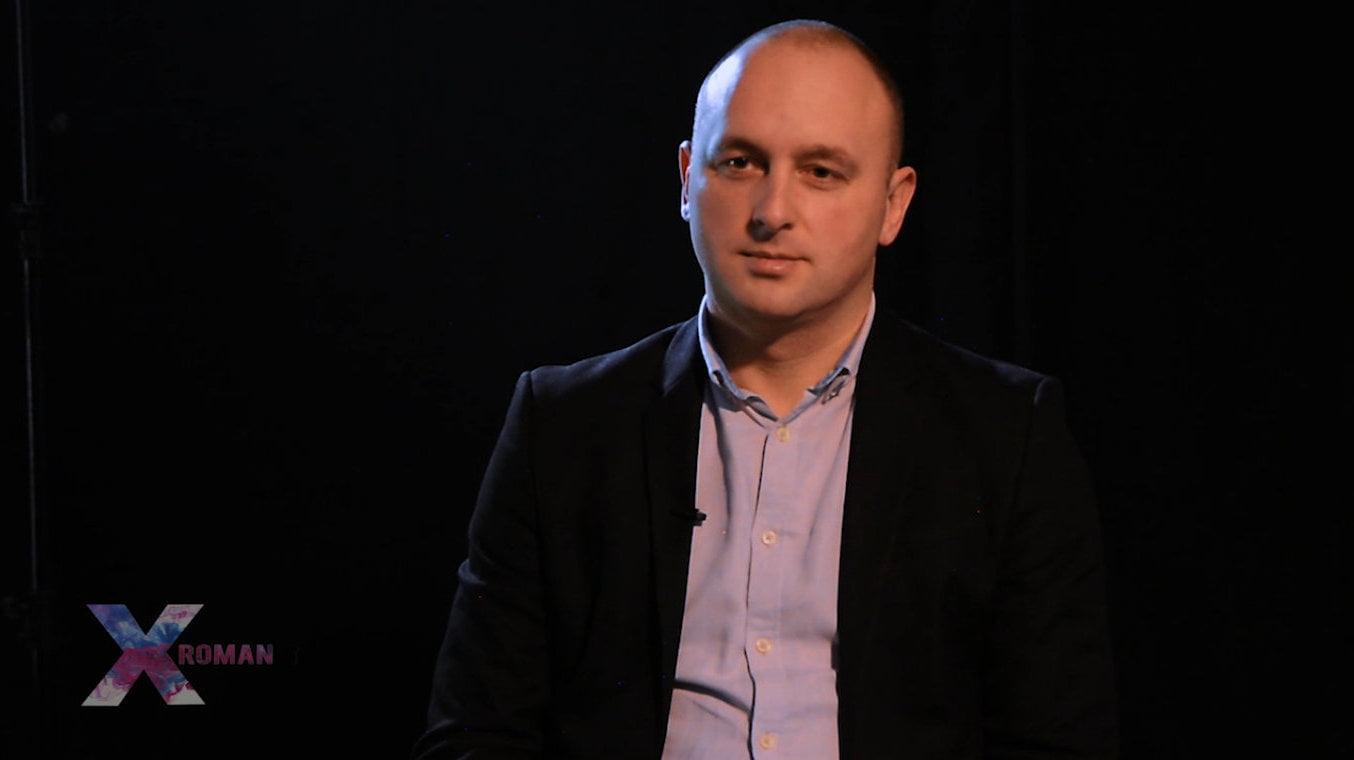 (VIDEO) X Roman S01E01 :: Radu Samson, viceprimar al municipiului Roman