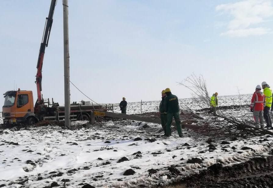 Intervenție de amploare la o avarie în rețeaua de distribuție a energiei electrice