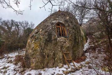 Eski Kerman, un'antica città dove gli abitanti vivevano nelle grotte
