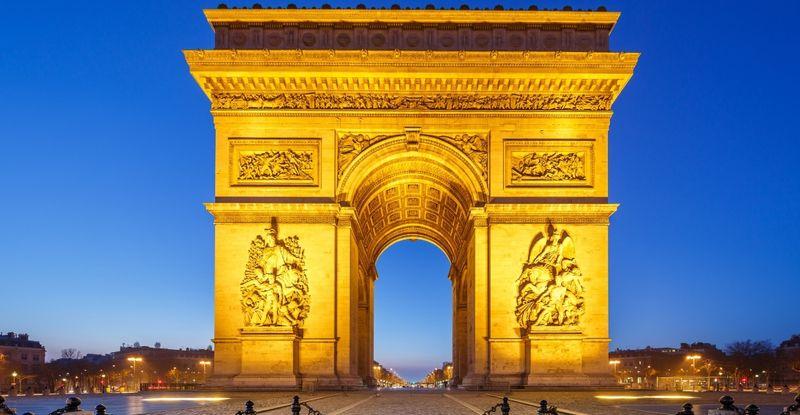 Arco-di-Trionfo-di-Parigi-il-monumento-di-Napoleone