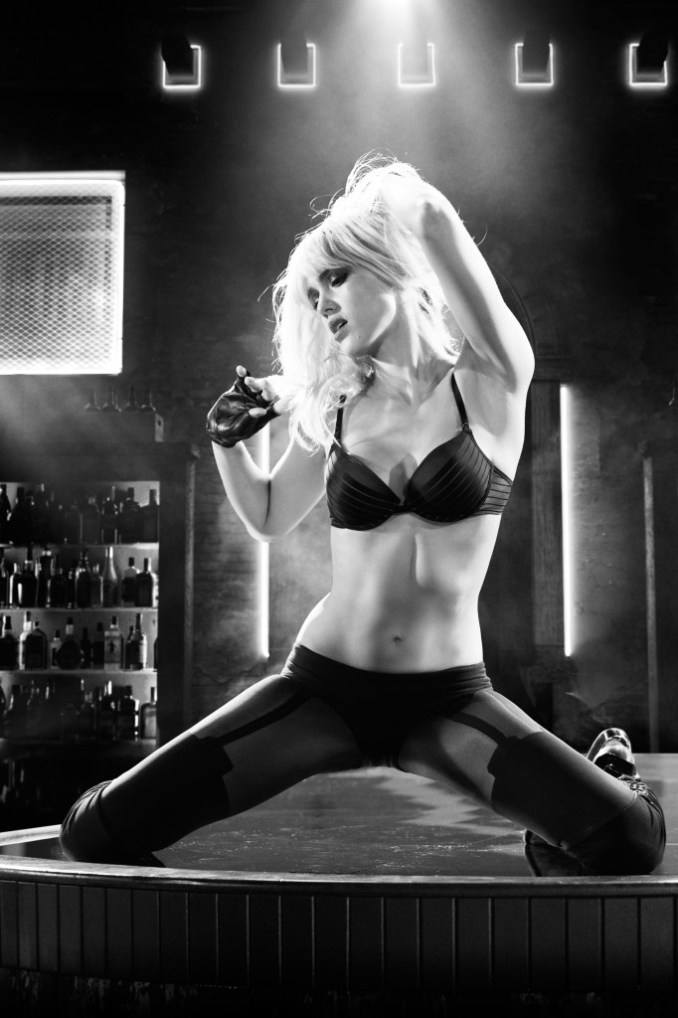 Jessica-Alba-in-Sin-City-A-Dame-to-Kill-For-2014-Movie-Image